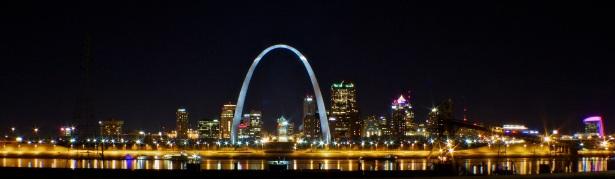 The distinctive skyline of St. Louis, Missouri.